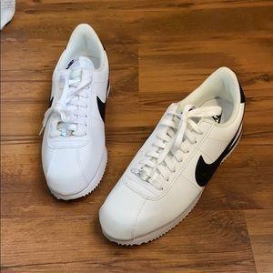 NWOT Nike Cortez Basic